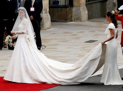 kate middletons stunning dress