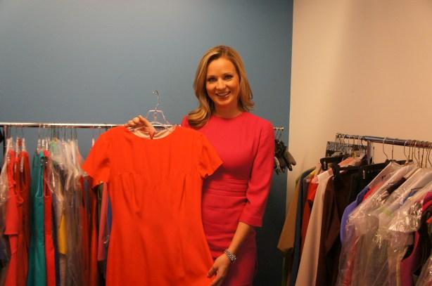 news anchors wardrobe sandra smith fountainof30