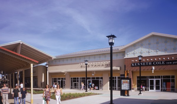 Chicago Premium Outlets New Stores 2015