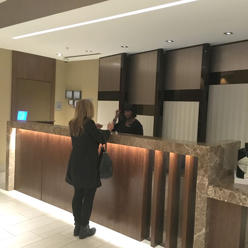AC-Hotel-Chicago_Downtown-Front-Desk