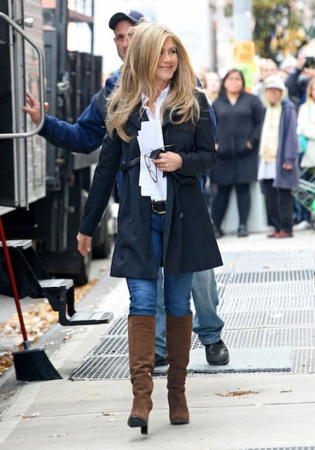 "Jennifer Aniston & Malin Akerman On Set Of ""Wanderlust"""