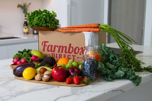 farmbox-direct--marble-counter-kitchen-fruits-vegetables