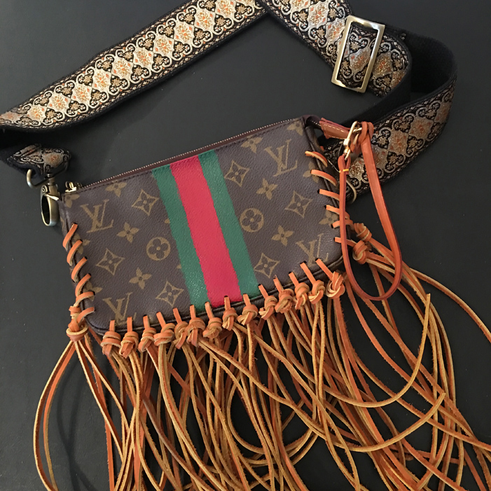 recycled-designer-bag-green-red-gucci-stripe-side