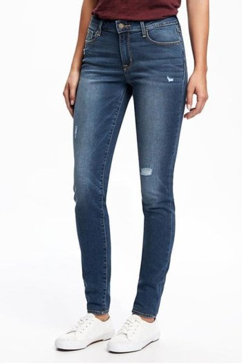 7 jean styles women over 40 should have skinny