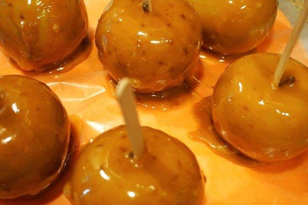 salted caramel apples recipe dipped caramel apples