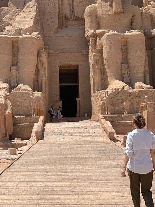 travel Abu Simbel Egypt fountainof30