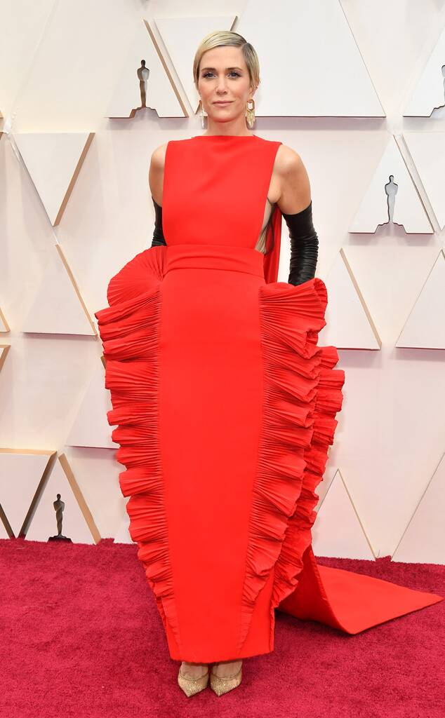 Kristen Wiig in Valentino Haute Couture red lasagna dress