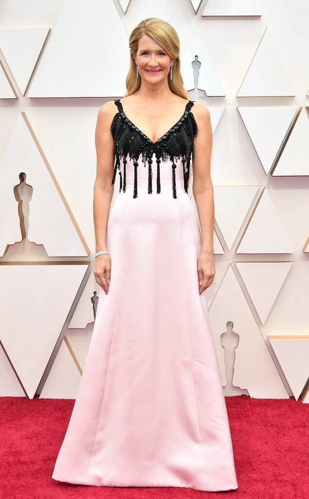 oscars 2020 worst dressed Laura Dern in pink with black Emporio Prive
