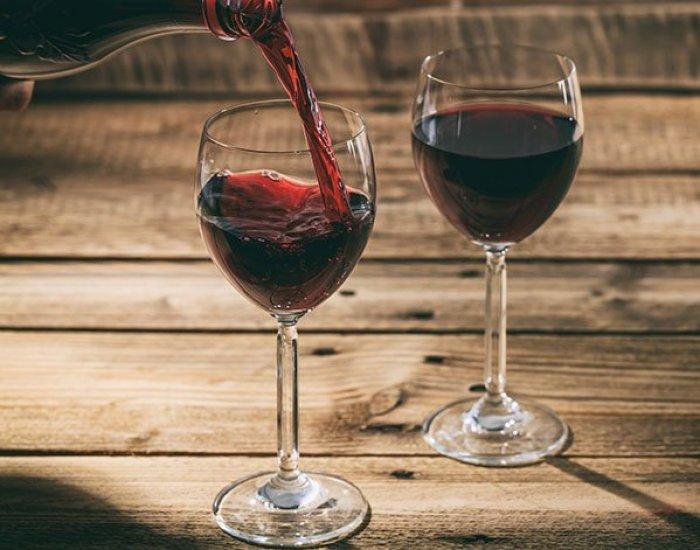 avoid alcohol glasses of wine fountainof30