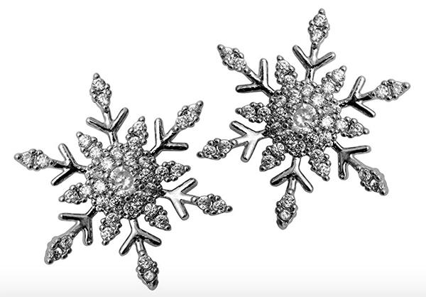 holiday Snowflake Stud Earrings fountainof30