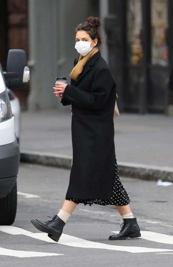 stylish winter coat katie holmes black wool