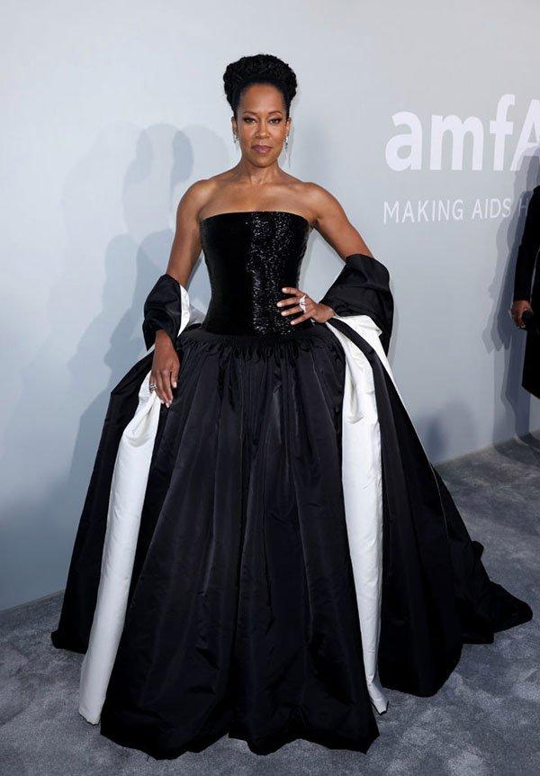 Cannes fashion Regina King in Schiaparelli fountainof30