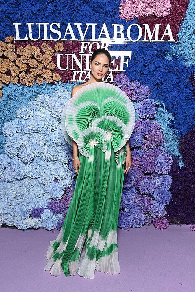Eiza Gonzalez in green origami Del Core gown fountainof30