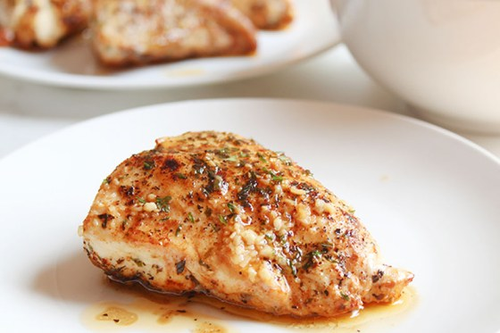 Delicious Garlic Butter Skillet Chicken Is Easy To Make In One Pan
