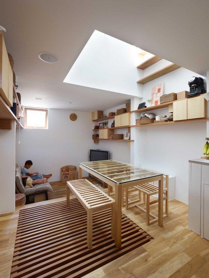 Japanese Minimalist Inside a Tiny House in Nada, Japan