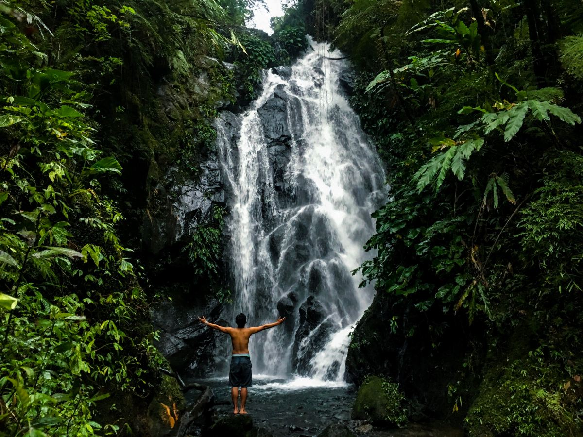 Cuernos de Negros Part 5: The Majestic Twin Falls of Nagabi and Funny Encounter along the Trail