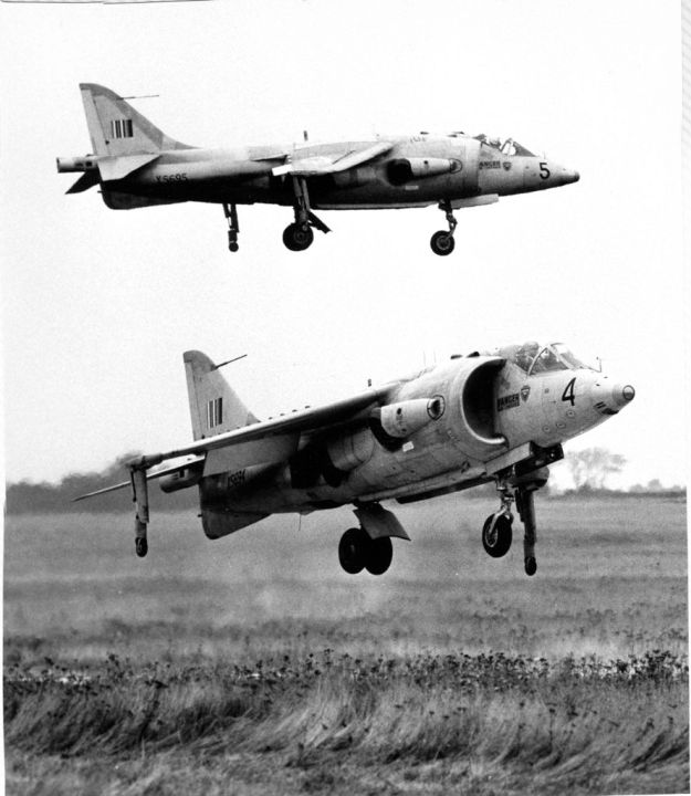 Duncan airborne in one of a pair of Kestrels in 1964