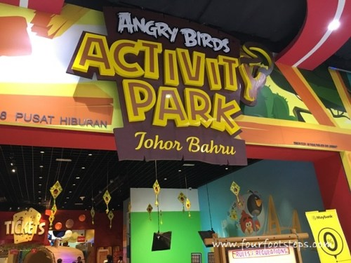 angry_bird_park_jb_entrance_2.jpg