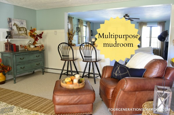 DIY multipurpose mudroom