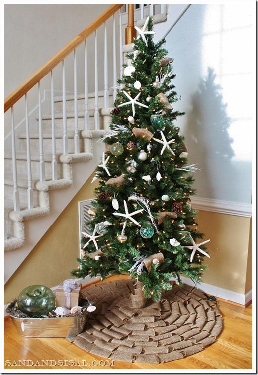Coastal themed christmas tree