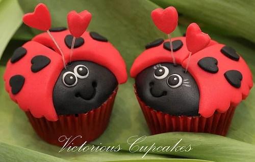lady bug valentine cupcakes