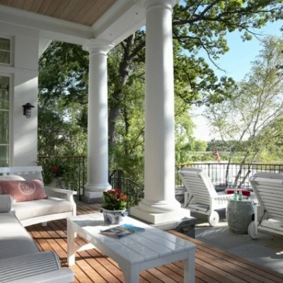 15 Dreamy Covered Porches