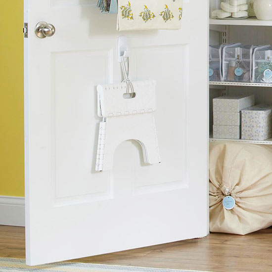 how to get organized inside door hooks
