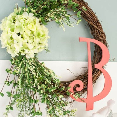 How to make a wreath {spring hydrangea}