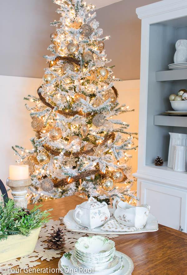 Gorgeous Christmas Home Tour 2014-7