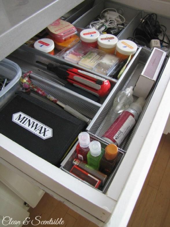 junk-drawer-organization