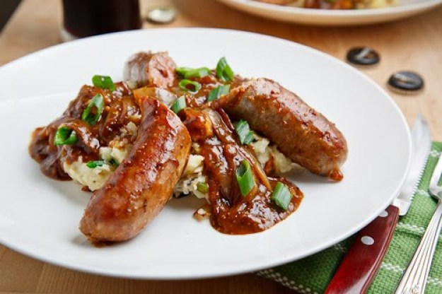 Guinness Braised Bangers on Colcannon 500 7644