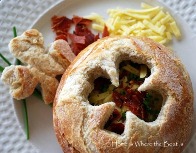 Irish-potato-soup-shamrock-bread-bowl