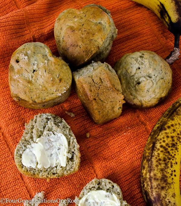 Gluten Free Banana Muffin Recipe {with oats}