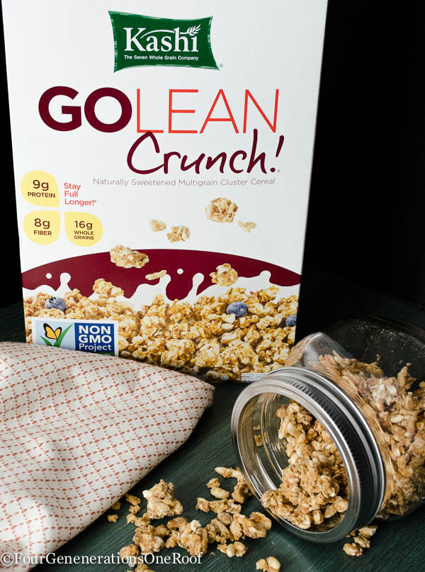 Yogurt and delicious Kashi Go Lean Crunch breakfast #oatsmadegreat