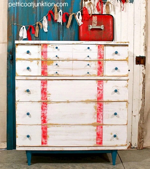 chippy-nautical-style-dresser-makeover