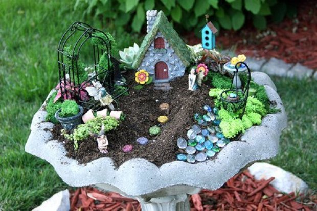bird-bath-fairy-garden