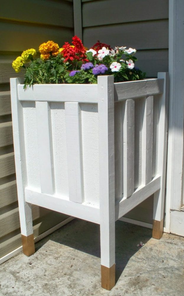 white-gold-dipped-planter