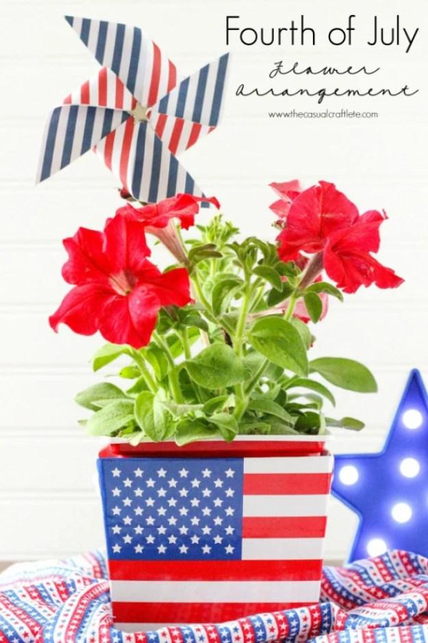 Fouth-July-Flower-Centerpiece