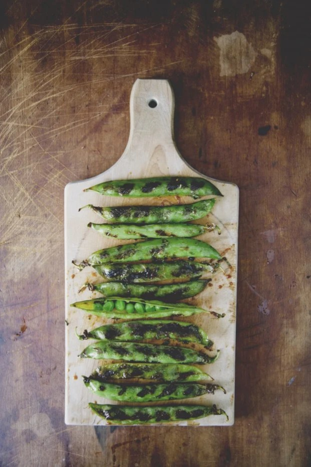 spicy-grilled-peapods