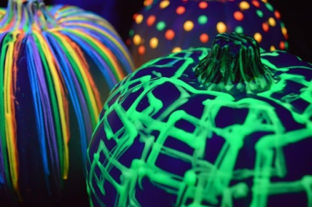 glow-in-dark-pumpkins