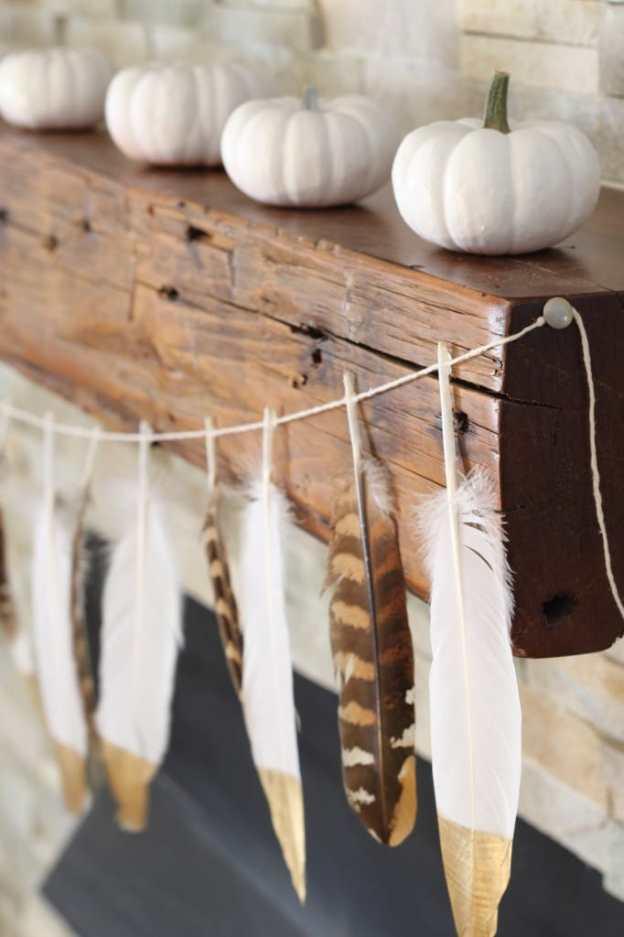 feather-garland-white-pumpkin