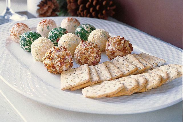 holiday-cheese-truffles