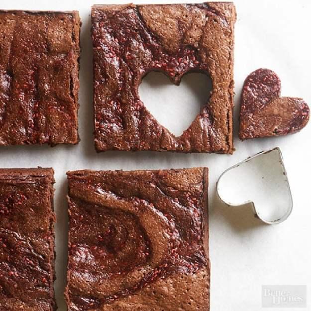 40-valentine-treats-Raspberry-Swirl-Brownies