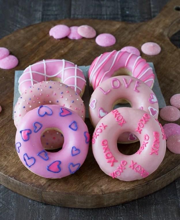 40-valentine-treats-Valentines-Day-Donuts