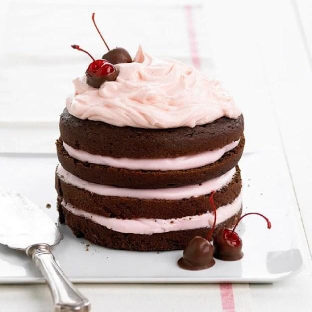 40-valentine-treats-choclolate-cherry-stack-cake