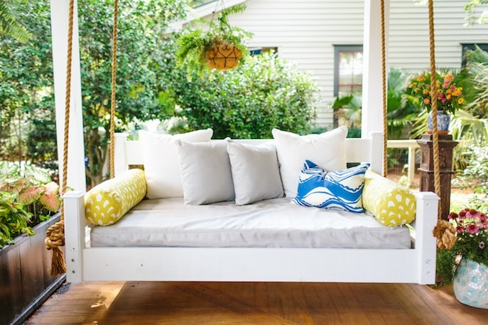 front porch ideas / Freshen up your Front Porch for Spring   Ideas and Inspiration for Front Porch Decor