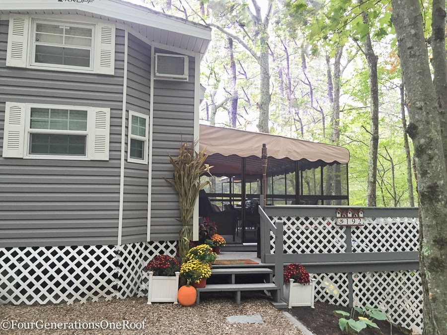 Pumpkin Ideas / Our Camp Fall Home Tour 2016 / How to decorate with pumpkins / Four Generations One Roof