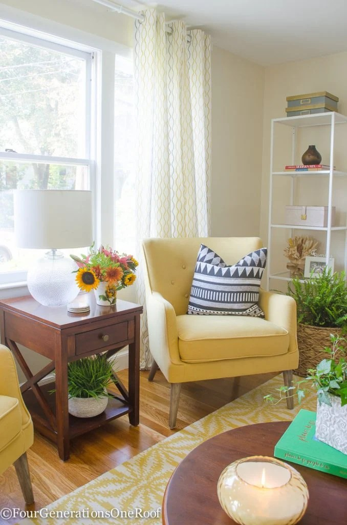 Beautiful Transitional Living Room | Crisp Linen by Sherwin Williams