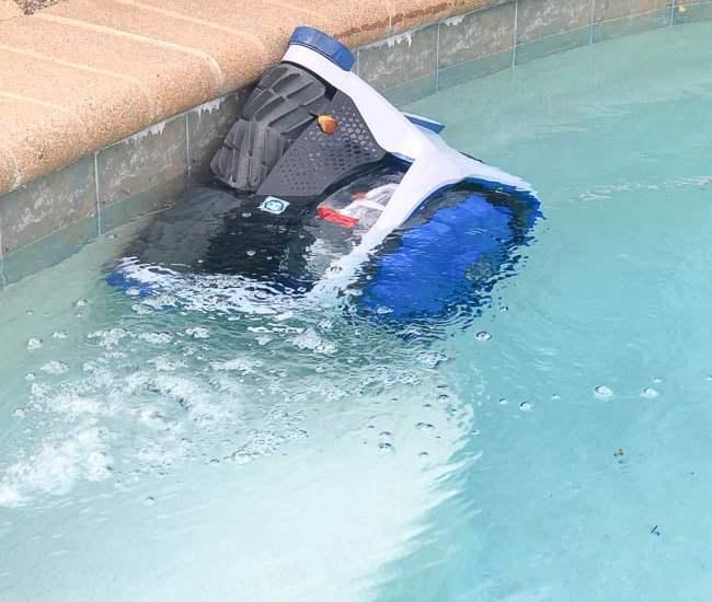 Hayward AquaVac 6 Series robotic pool cleaner climbing pool wall