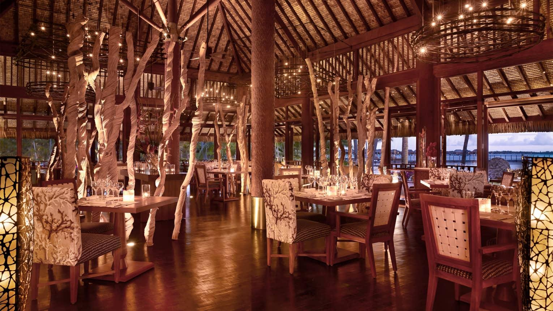 Bora Bora Restaurants  Bars  Fine Dining  Four Seasons